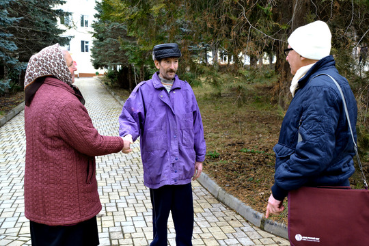 Iulia and Valeri bidding Petru farewell