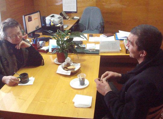 Feodora Serghei Chatting
