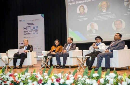 Dr. Shelly speaking at HITLAB summit