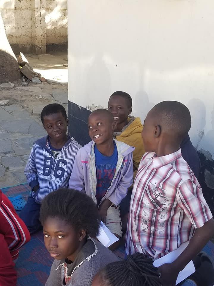 Children in conversation