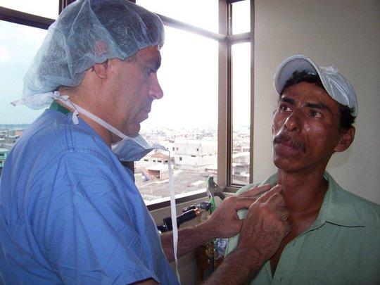 Provide thyroid surgery for 20 Ecuadorians