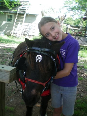 Linda, a young volunteer for Personal Ponies