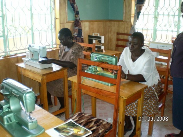Help secure sewing machines for 50 single mothers