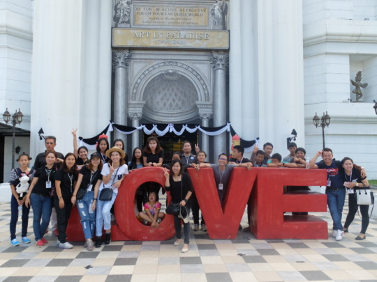 The group at the art museum.