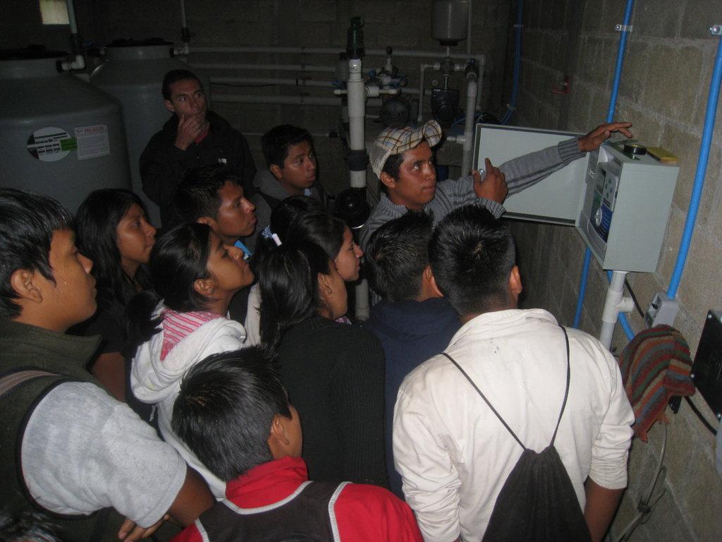 Help 10 Guatemalan Teenagers Attend High School