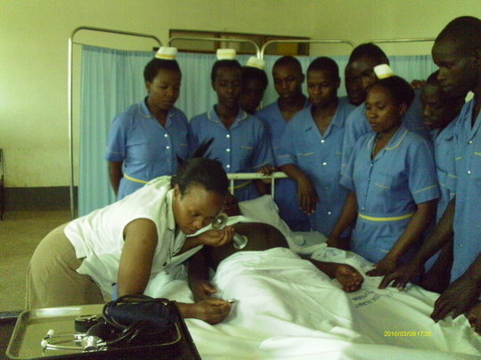 Practical session with a midwife tutor