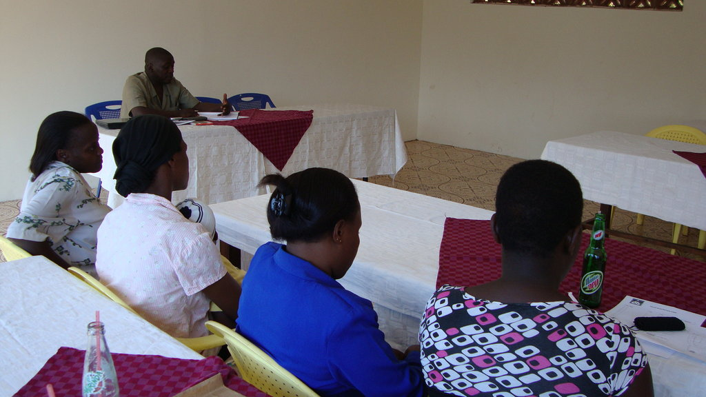 Help 600 youth manage waste in Kira Town Council