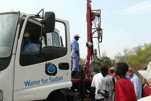 Team B with Water for Sudan drilling rig