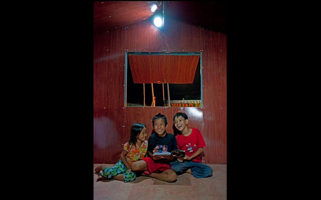 Give Light to 100 Cambodian Families