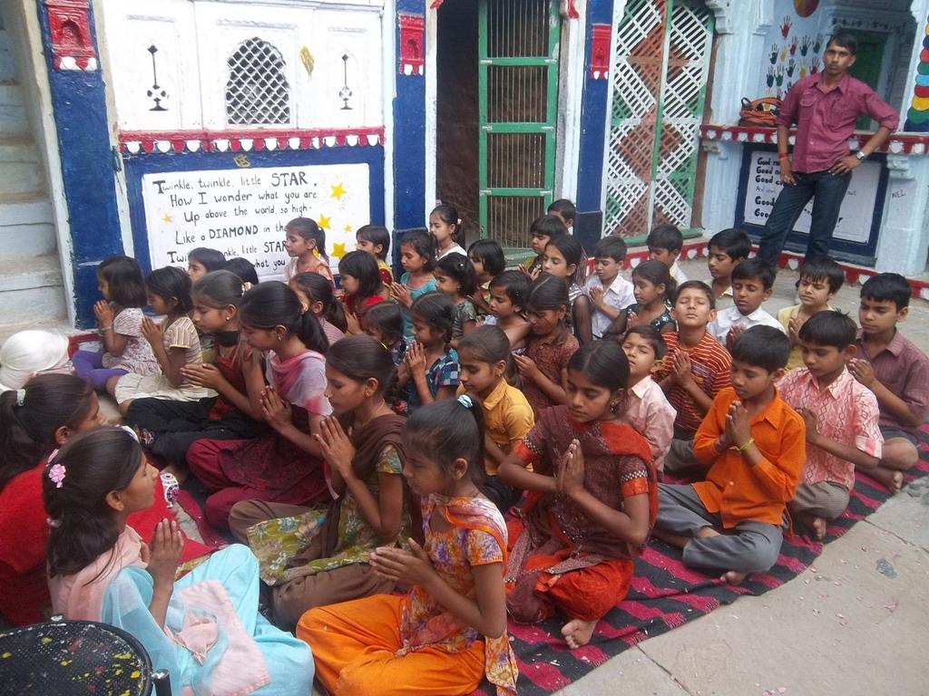 Hindi class in Setrawa