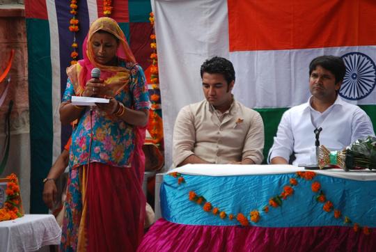 Sambhali student speaking on Independence Day