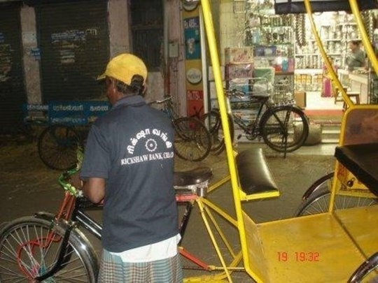 Help Indian Rickshaw-Pullers Become Self-Employed