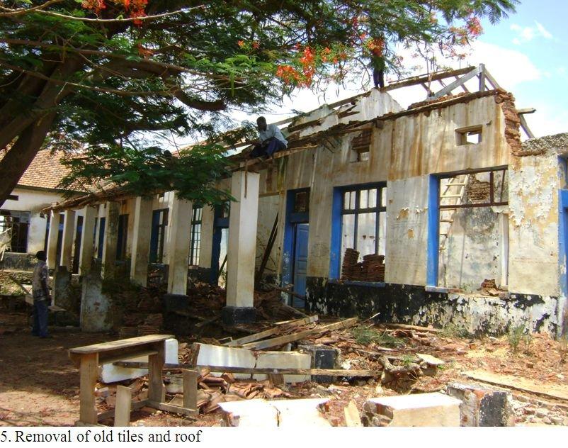 Renovation starts: Demolishing old roof
