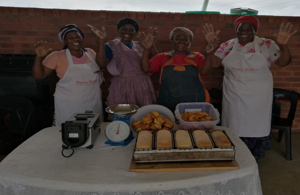 Ingomusalethu SHG members baking