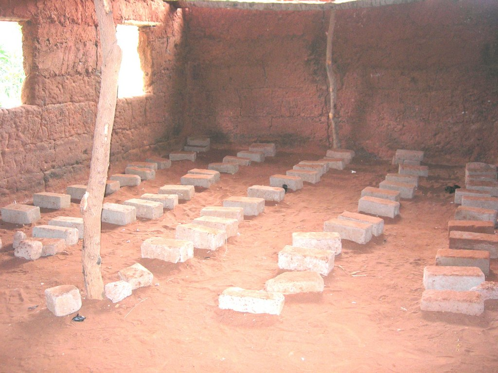 Build school for 897 children in Togo rural area