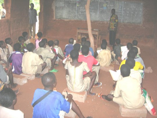 Build school for 897 children in Togo rural area