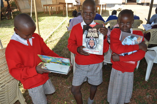 Teach 75 mothers to read stories to kids in Kenya