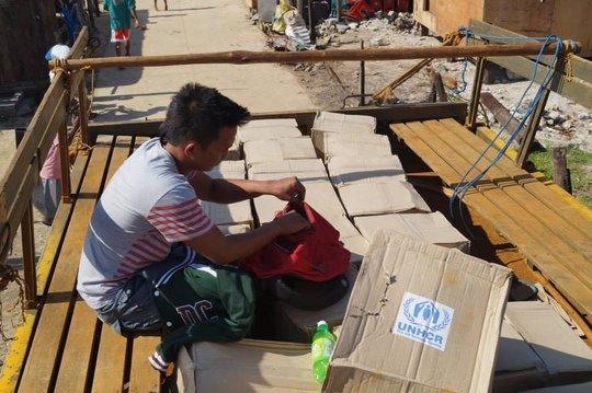 Ash organizing aid distribution