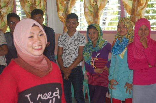 Nadjera facilitating youth workshop