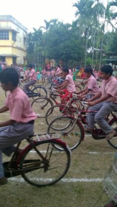 Help disadvantaged Bengali children + young people