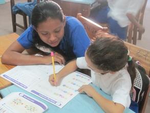 Volunteer tutoring at primary school