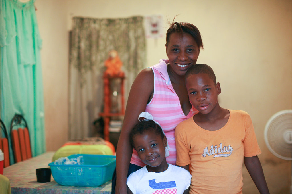 Artisan Minouche at home with her children
