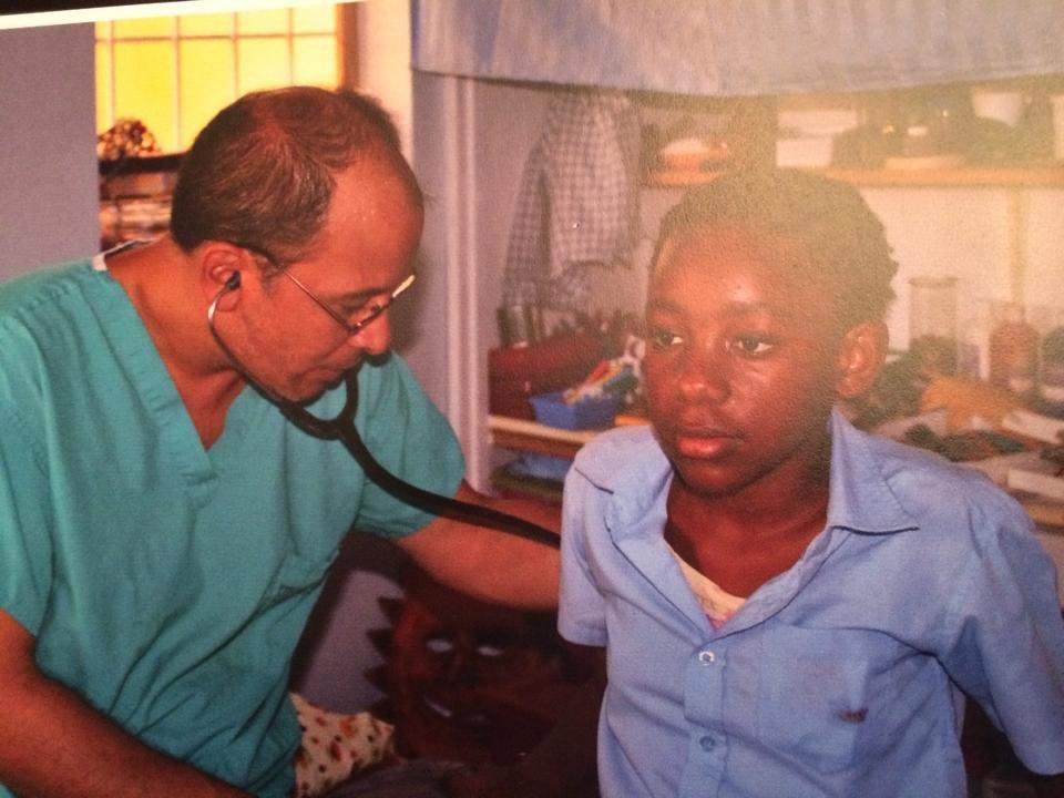 Volunteer physician