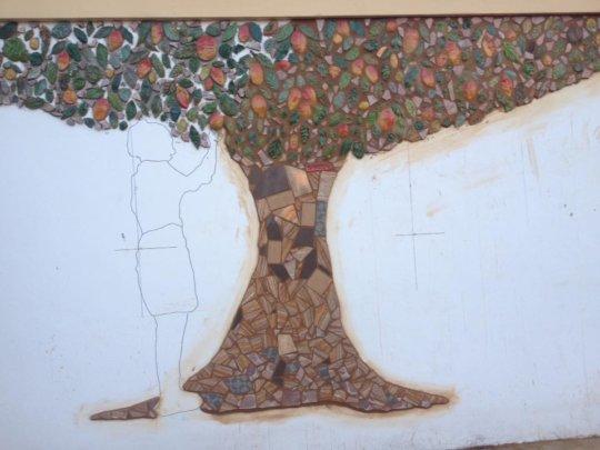 Mango mosaic tree represents growth
