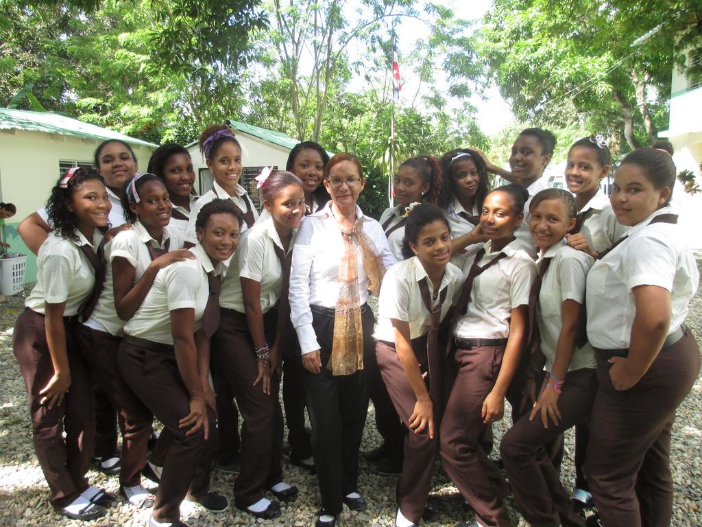 Flavia Vidal with Mariposa Girls