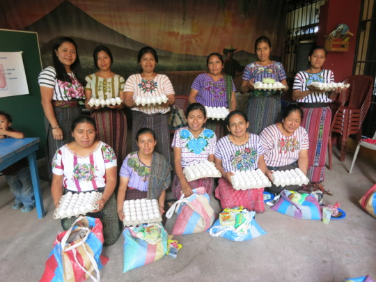 Campeonas receive nutritious food after training