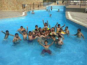 Core Program kids make a splash.