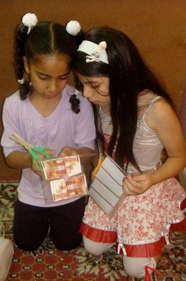Young girls in Core Program work together!