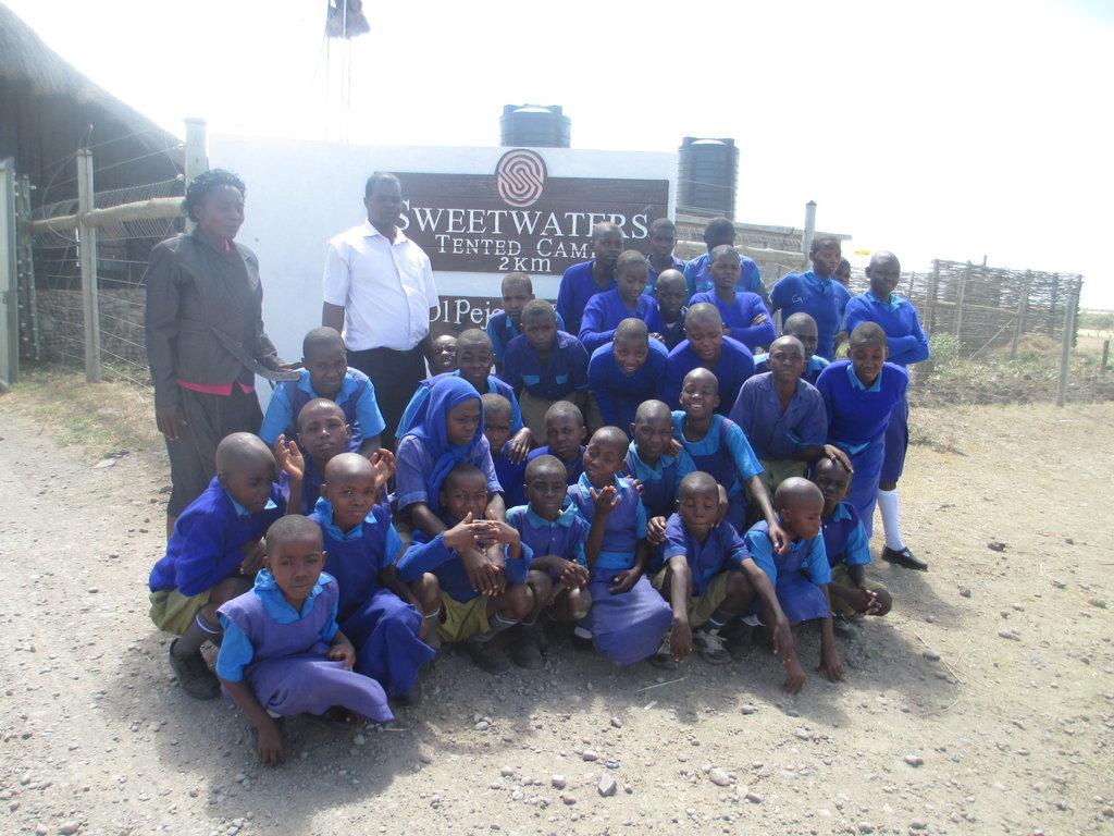 Kamatumo Club students during their tour