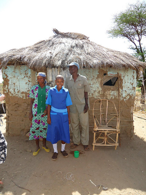 Educate girls and fight poverty in Kenya