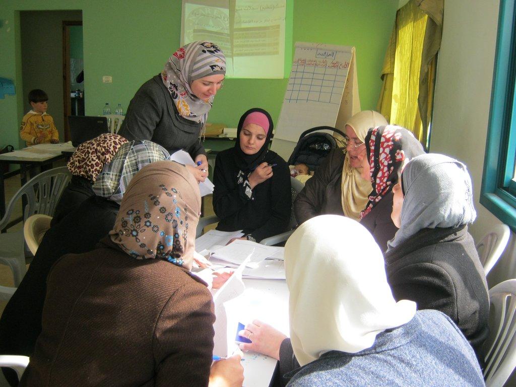 Women share ideas about business opportunities