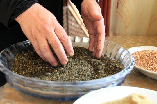 Preparing the dried herbs