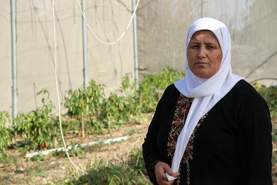Nadira Shamlawi