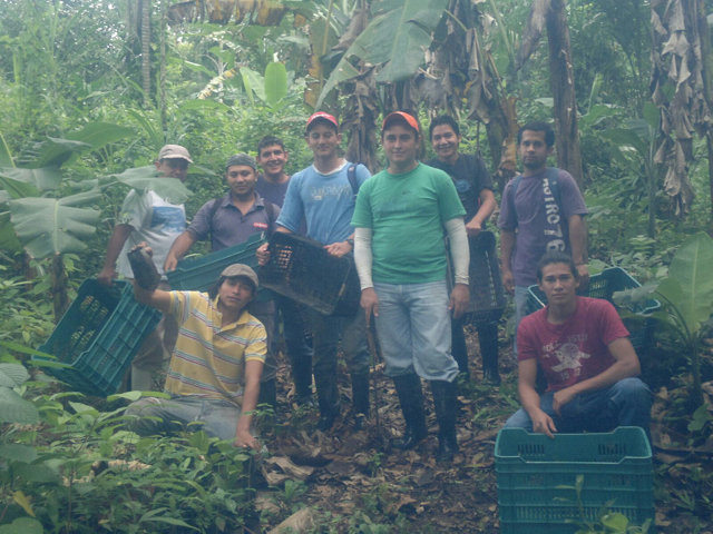 10 man planting team (minus JImmy taking photo)