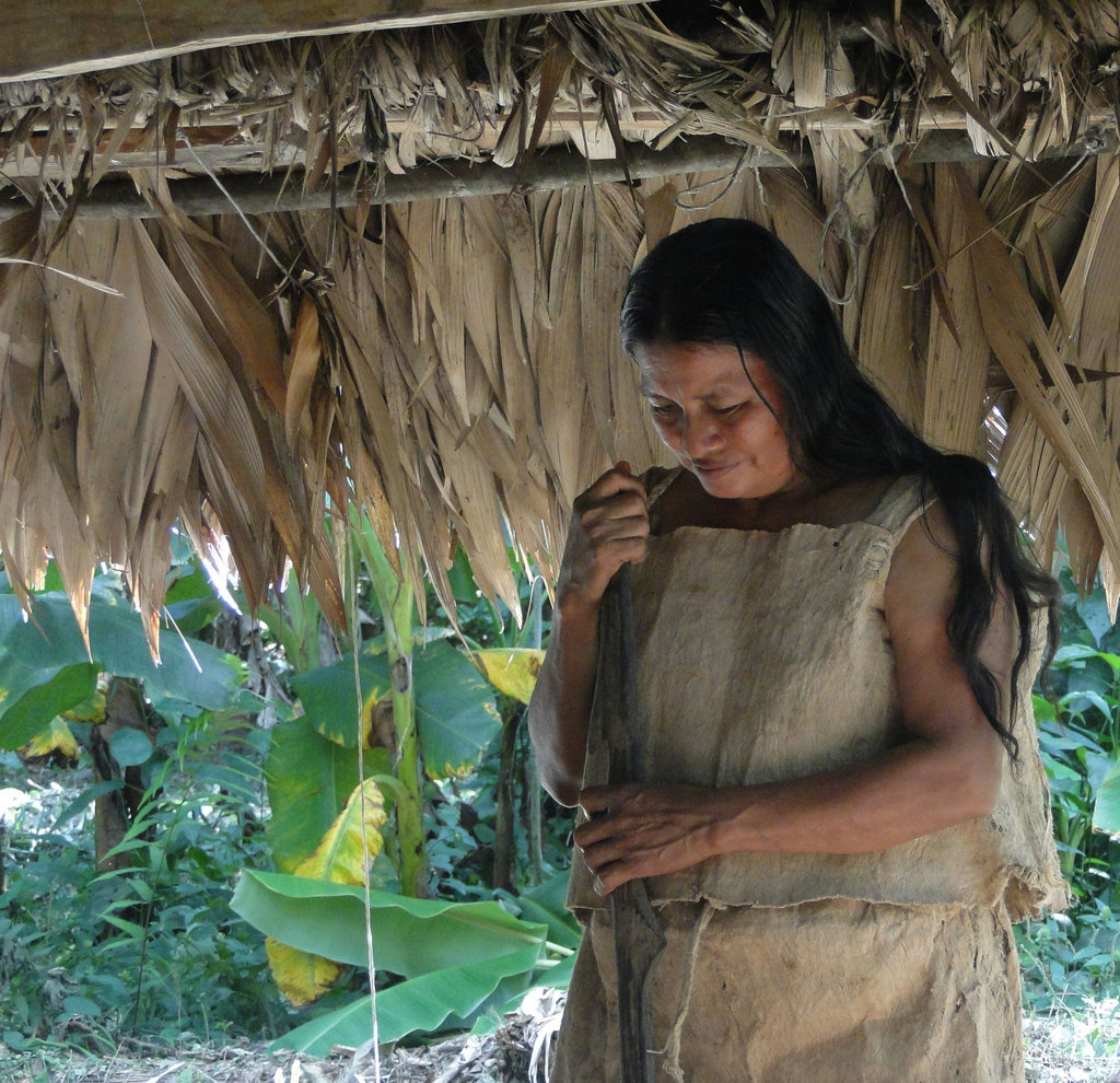 Nicida Elizondo is a Maleku elder and a great friend to LRFF. Here she is seen wearing her traditional clothing made from the bark of the Mastate tree. She and her family were participants in the Rio Sol project by creating a nursery of 2500 trees used to reforest 2 hectares along the Rio Sol.