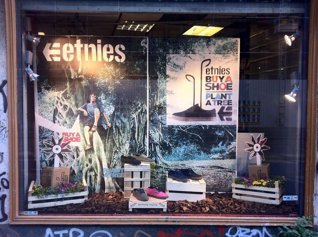 Store window display, BASPAT