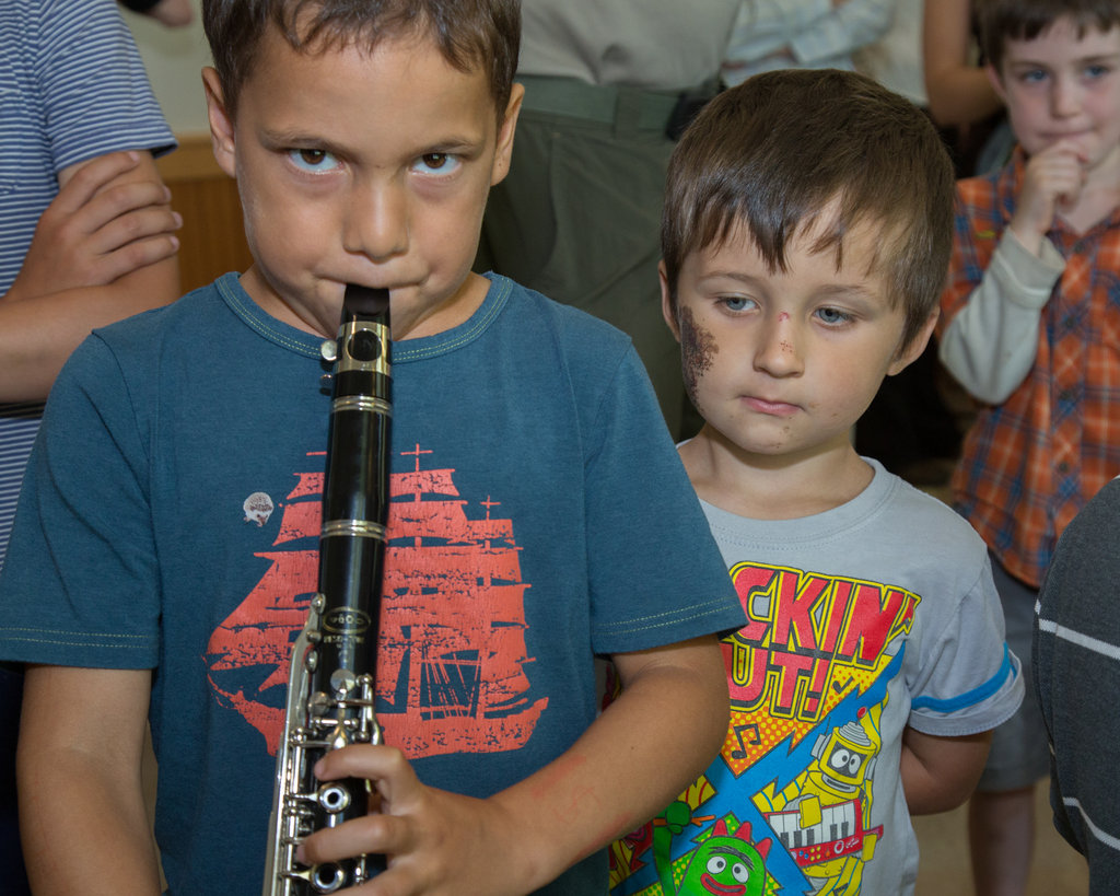 """Kids try out instruments at the """"Petting Zoo"""""""