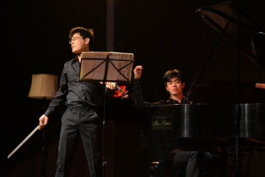 Andrew Hsu, piano and Angelo Xiang Yu, violin