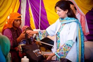 UNFPA providing newborn kit in Pakistan