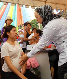 Medical mission performed on a mother affected by
