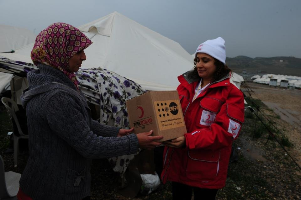 UNFPA delivers hygiene kits to Syrian refugees