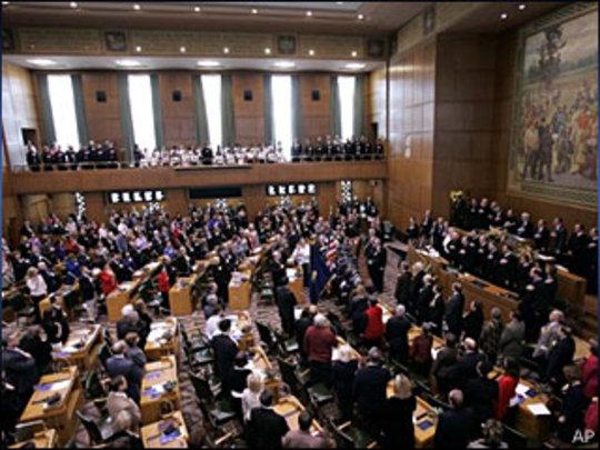 The Oregon Legislature is winding to a June finish