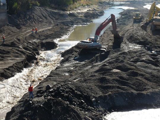 Breaching Savage Rapids Dam