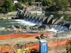 Savage Rapids Dam being readied for removal