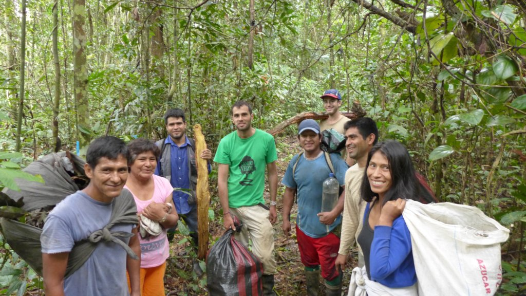 Camino Verde team and volunteers in the forest