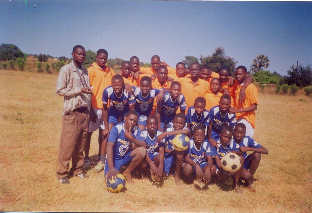 PIZZ Football teams